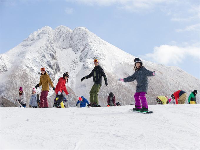女性 スキー場 スキー スノボ スノーボード 群馬