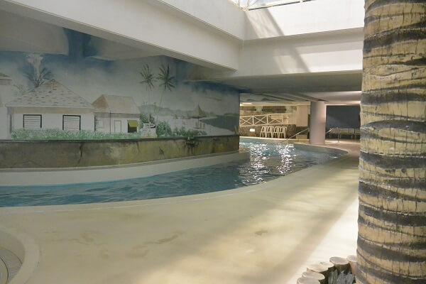 カリビアンビーチ プール