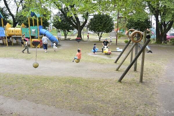 榛東村 ふるさと公園 ローラー滑り台
