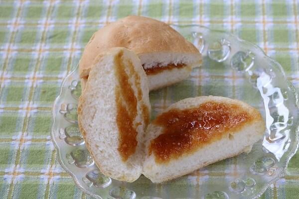 みそパンの中身 シロフジ製パン所 アイスまんじゅう