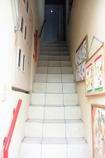 デルムンド 階段