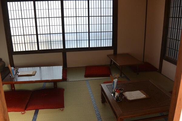 椿食堂 座敷