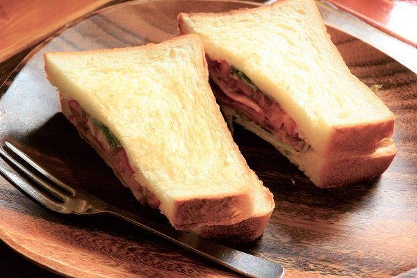 新木珈琲店 サンドイッチ