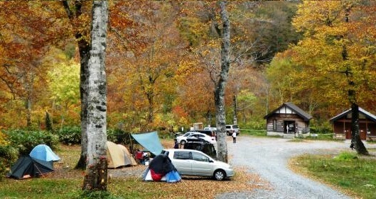 群馬 キャンプ場 穴場 おすすめ オートキャンプ 手ぶら可 安い コテージ付き