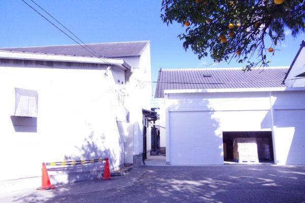 岡直三郎商店 本社