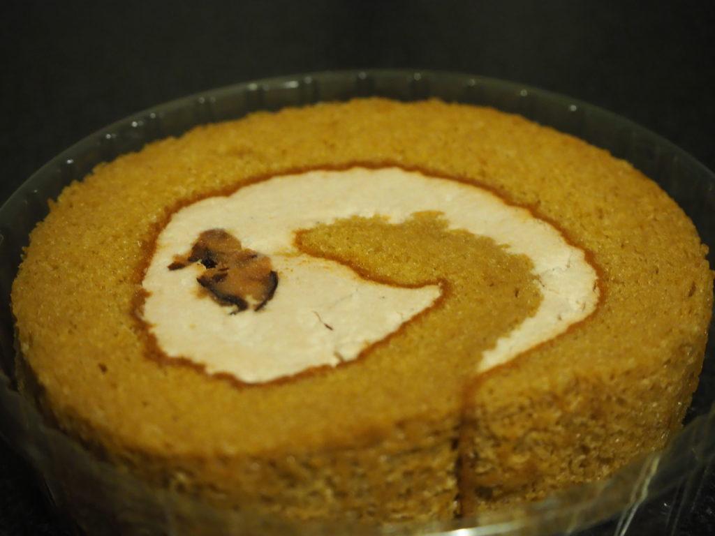 花豆ロールケーキ アップ