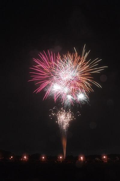 新町ふるさと祭り灯篭流し 花火大会