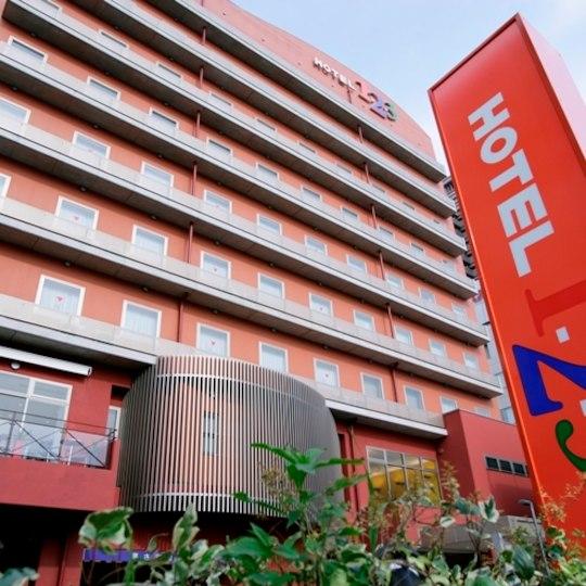 ホテル123 外観