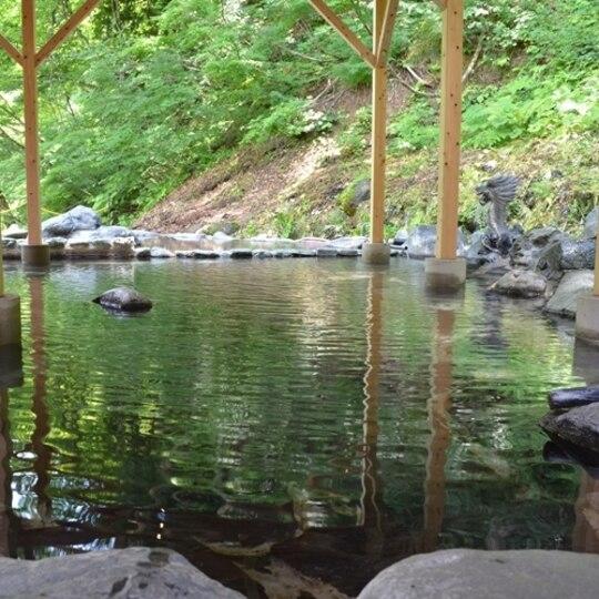 群馬避暑 湯めぐりテーマパーク 龍洞 露天風呂
