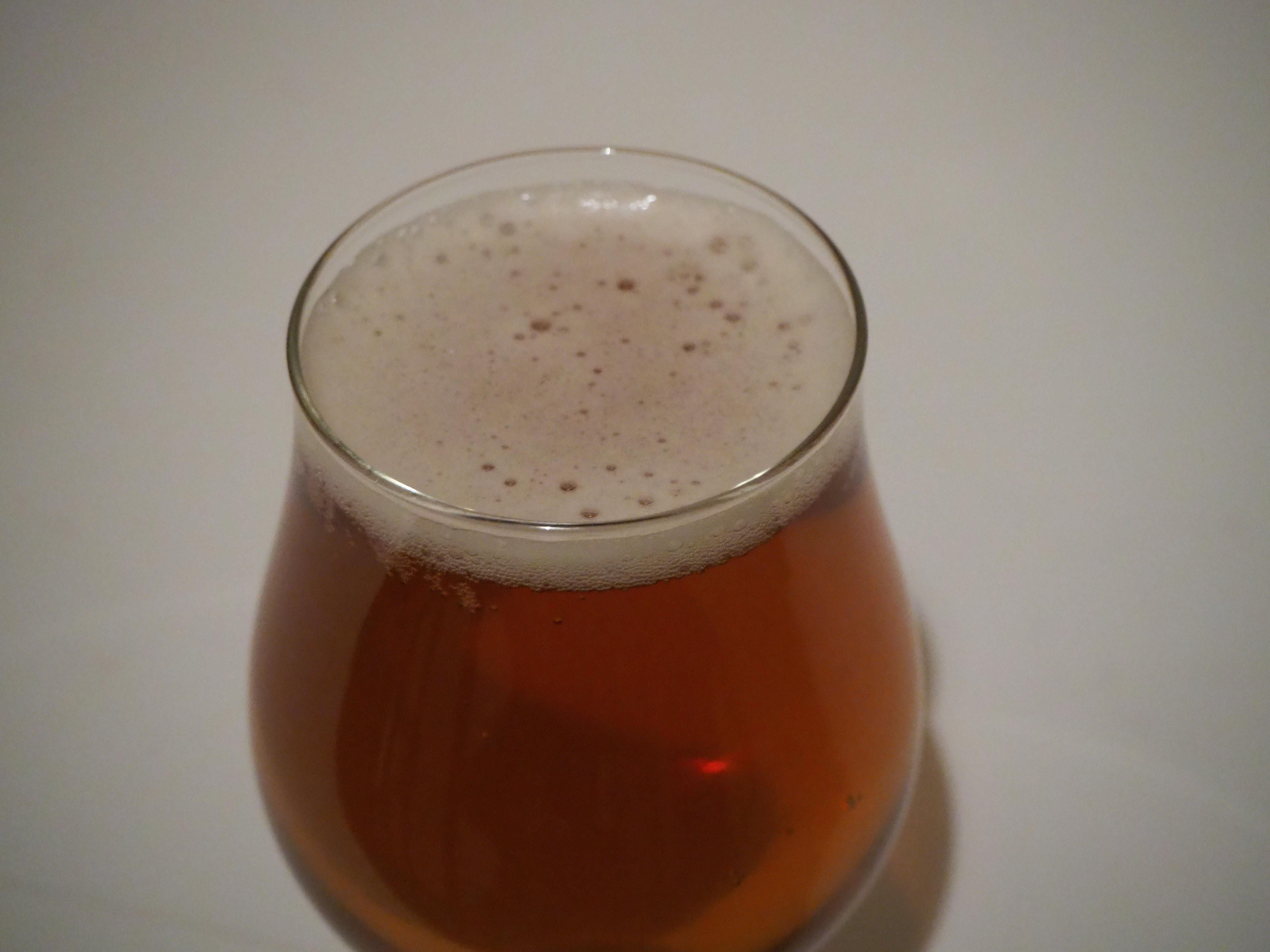 グラス ビール