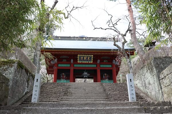 仁王門 階段