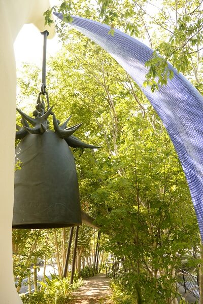 岡本太郎 「太陽の鐘」