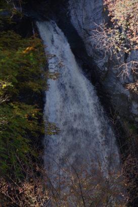 小中大滝けさかけ橋 壮大なスケールを誇る雄大な滝