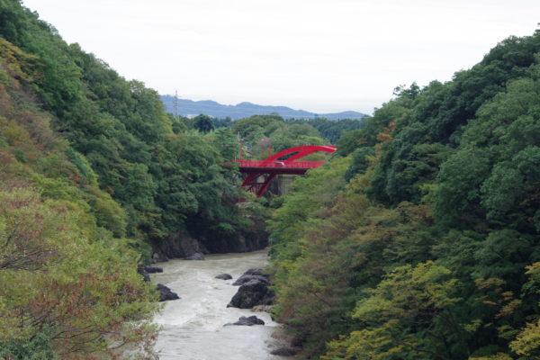 高津戸峡 はねこし橋 関東の耶馬渓