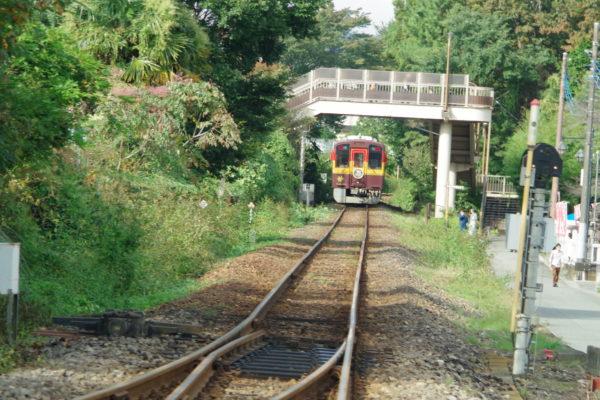 高津戸峡 はねこし橋 電車