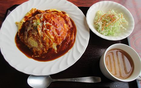 笑顔ローカル食堂 ホームレストランキッチンぱぱオムライス