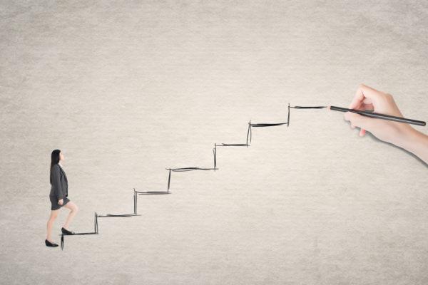 介護求人 キャリアアップの階段