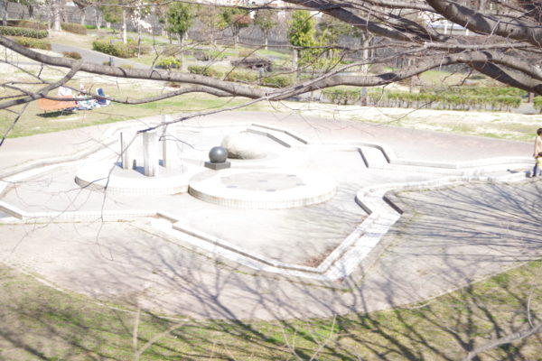 三ツ寺公園 噴水広場1