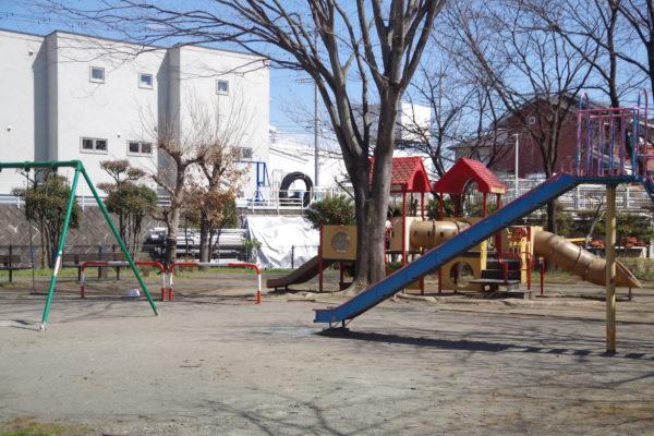 三ツ寺公園 ちびっこ広場