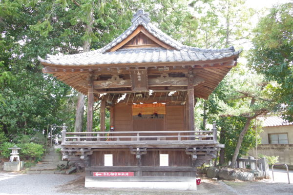 進雄神社 神楽殿