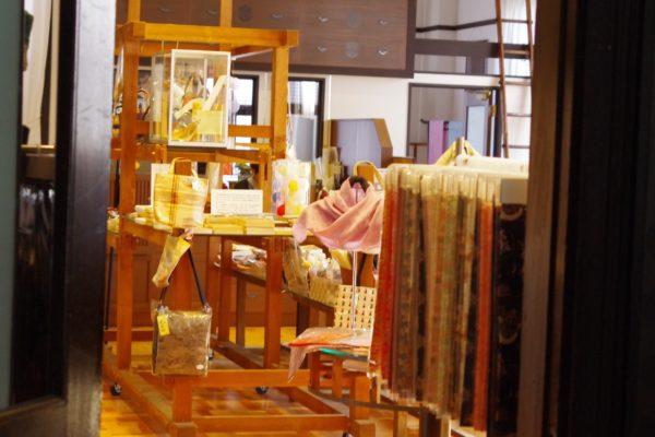 桐生織物記念館 店内
