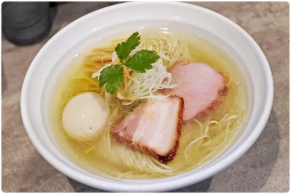 高崎のおすすめラーメン 麺処風人の淡麗醤油そば