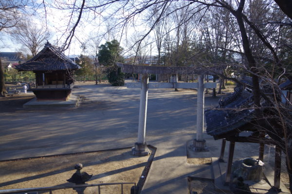 富士浅間神社 敷地内風景