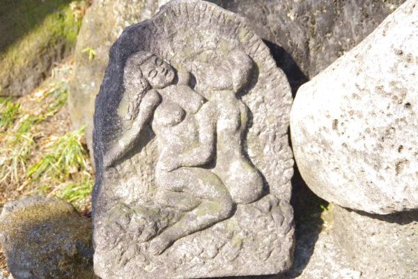 珍宝館 石像