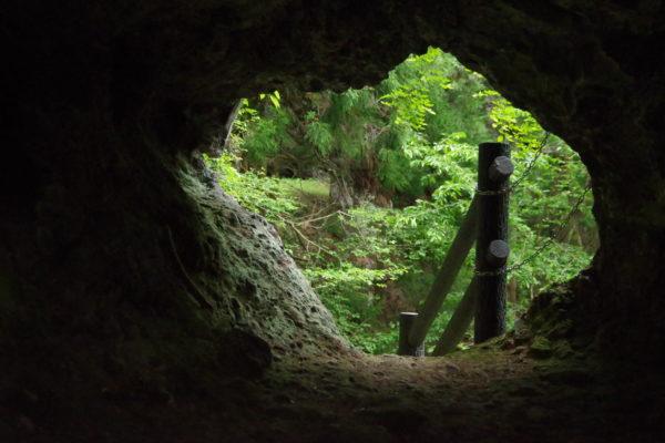 仙人窟 胎内窟