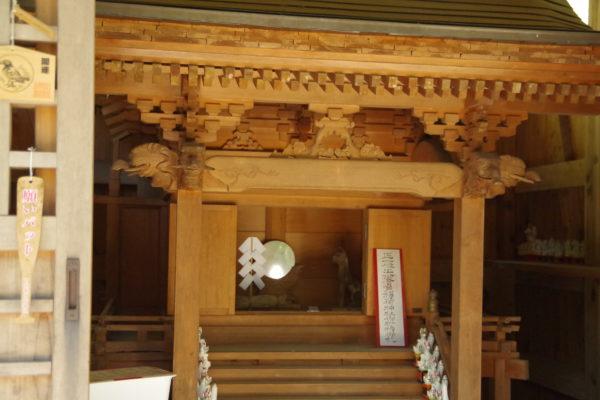 矢背負稲荷神社 神社