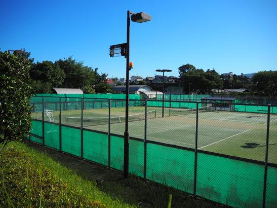 愛宕山ふれあい公園 テニスコート