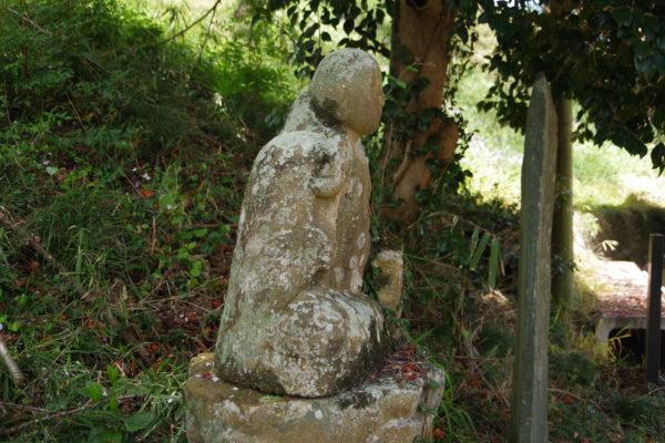 常行院観音堂 石像