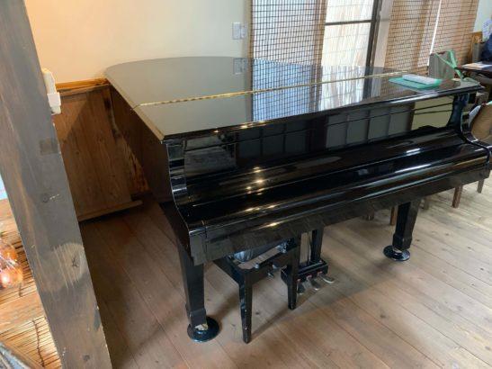 カフェ尾島 ピアノ