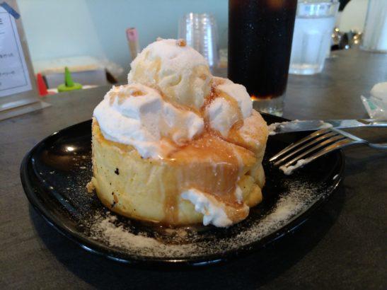 CAFE18番 ガパオライスのケーキセット