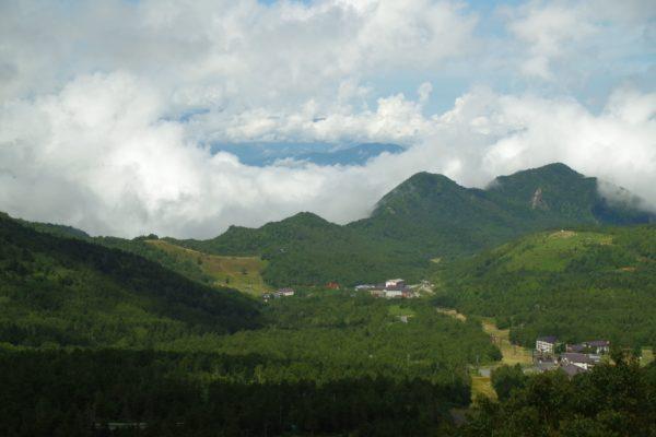 スカイレーターからの眺望 横手山 2307満天ビューテラス