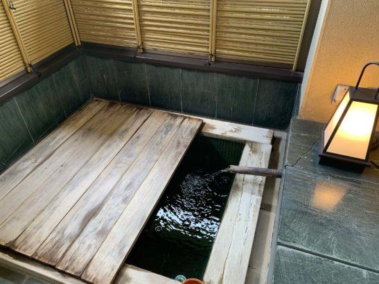 香雲館露天風呂蓋