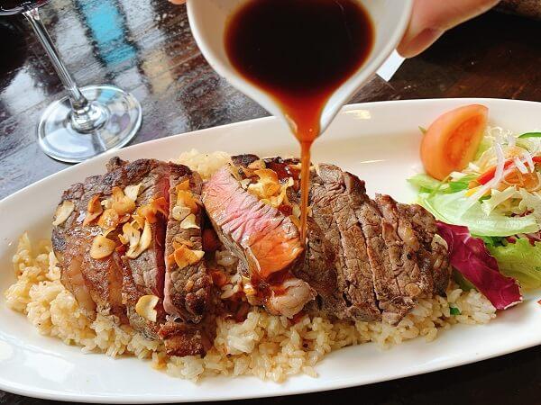 越後湯沢 欧風料理ビトロー ステーキ
