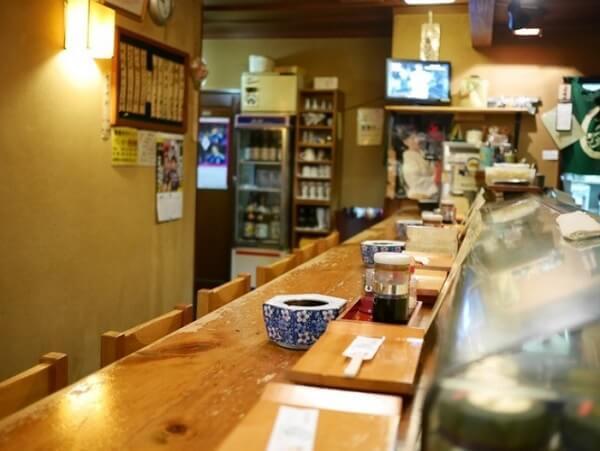 孤独のグルメSeason9 8話 群馬県高崎市本町 おむすび えんむすび メニュー 鮎の塩焼き